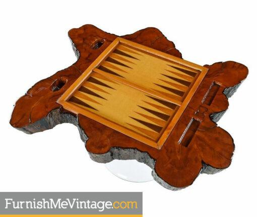 chessboard-checkers-backgammon-table