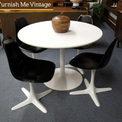 Retro Mid Century Modern Saarinen Style Tulip Table