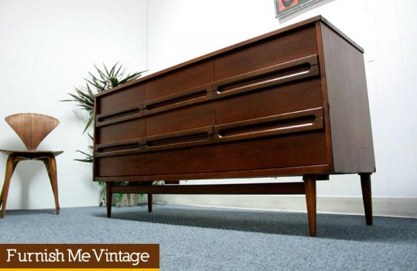 Mid Century Modern Bassett Tavern Walnut Triple Dresser