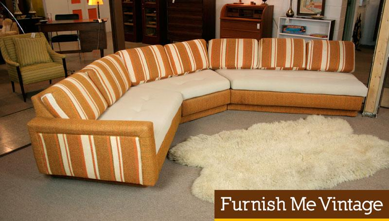 3-Piece Retro Sectional Sofa With Corner Table