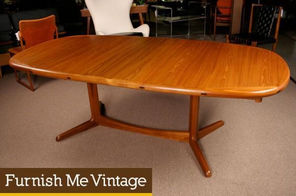 Danish Modern Oval Trestle Leg Dining Table - Oval trestle dining table