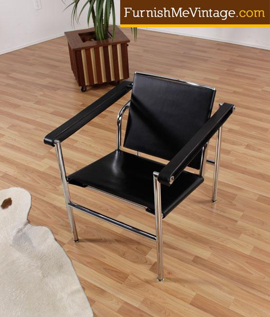Reproduction Black Leather LeCorbusier LC1 Sling Chair