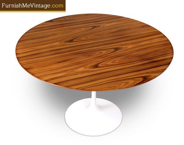 Authentic Eero Saarinen For Knoll Pedestal Tables - Knoll pedestal table