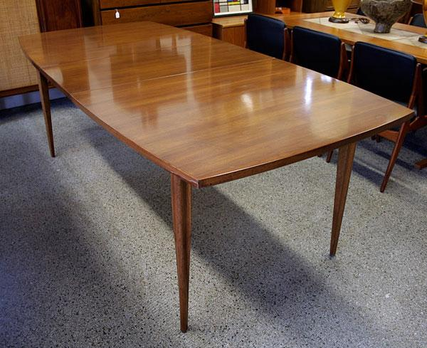 Large Vintage Broyhill Emphasis Walnut Dining Table