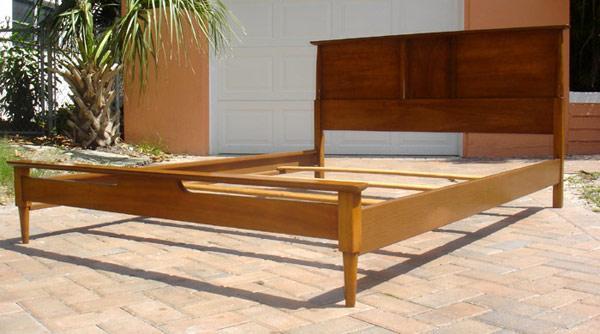 91e2886562935 Full Size Vintage Mid Century Modern Bed