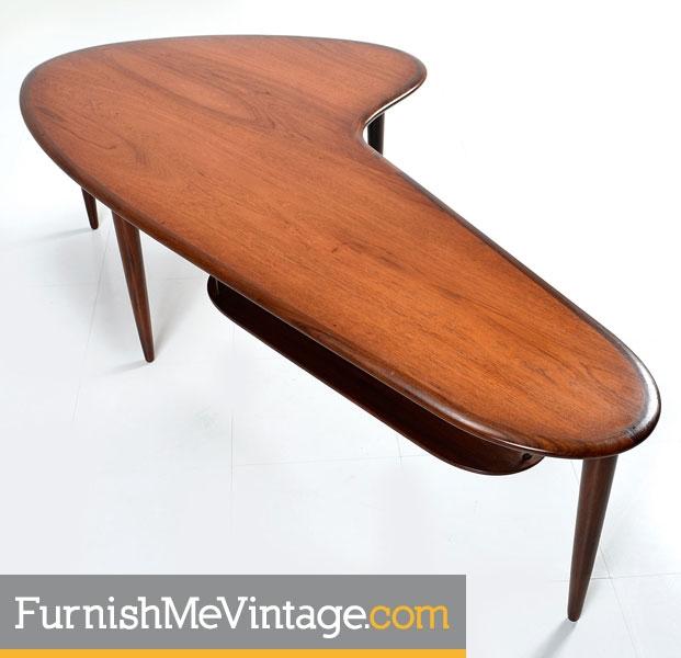 Etonnant Restored Mid Century Danish Teak Boomerang Table