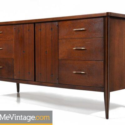 Mid Century Modern Broyhill Saga Dresser