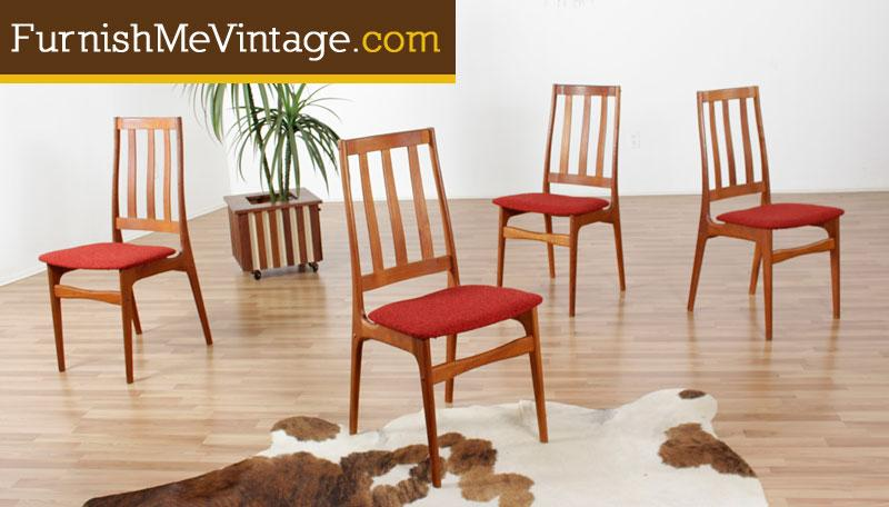 Enjoyable Set Of Four Mid Century Modern Danish Teak Dining Chairs In Red Upholstery Bralicious Painted Fabric Chair Ideas Braliciousco