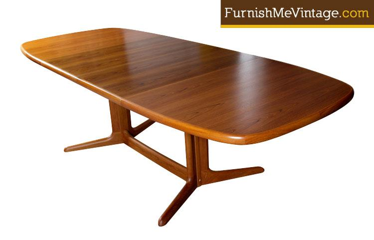 Mid Century Modern Danish Teak Dining Table By Skovby - Teak dining table with leaf