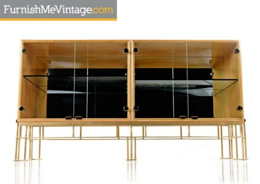 maple credenza,Milo Baughman,hollywood regency, thayer coggin,maple,Credenza