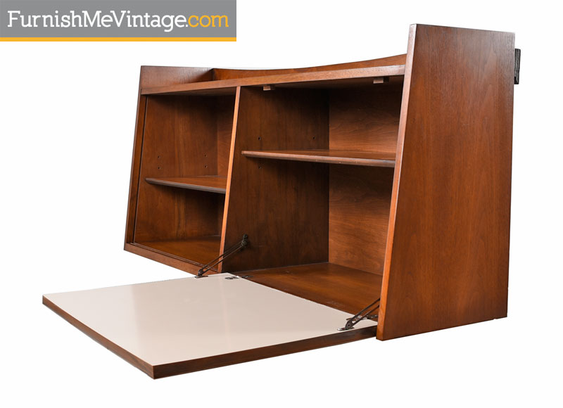 Wall Mounting Broyhill Bookcase With Secretary