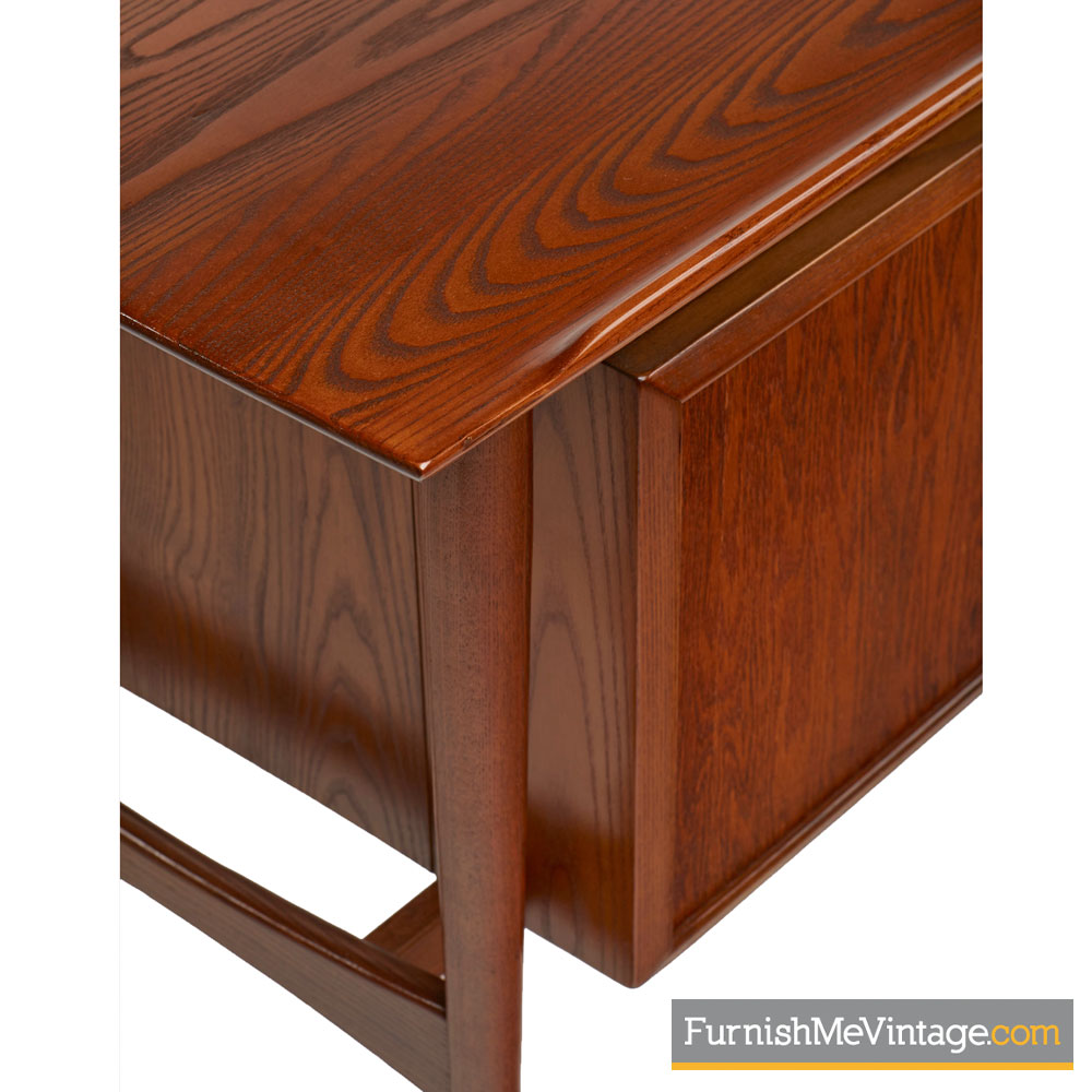 Heywood Wakefield Desk With Dovetail Joinery Sculpted Drawer Pulls And Lip Edge Top Solid