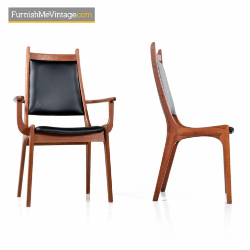 Scandinavian Modern Teak Chairs Made in Canada Set of 8
