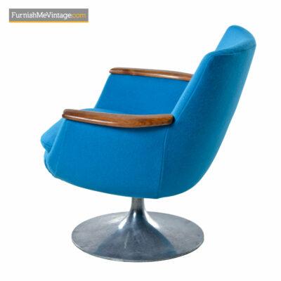 Hong Stole Danish Tulip Base Teak Arm Pod Chair in Blue Knoll Wool
