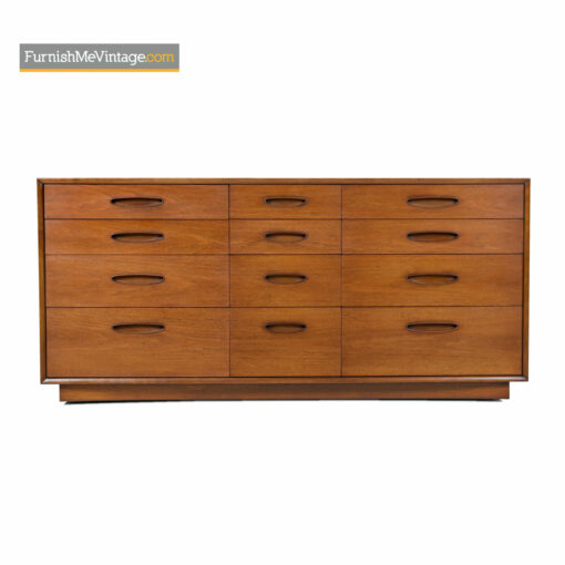 henredon 12 drawer circa 60