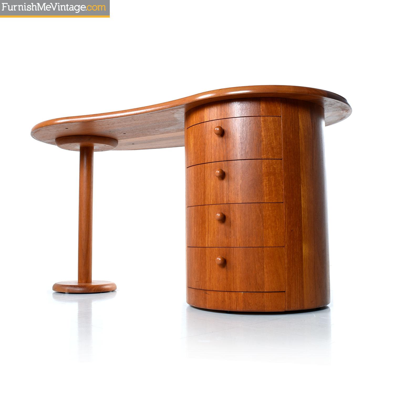 Image of: Danish Teak Mid Century Modern Kidney Bean Shape Desk