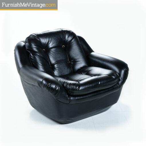 black tufted vintage arm chair