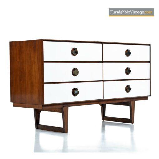 Stanley white drawer walnut wood brass spade pull dresser