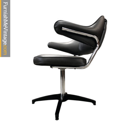 black task chair