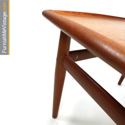 Grete Jalk Glostrup Mobelfabrik. Vintage Danish teak end table