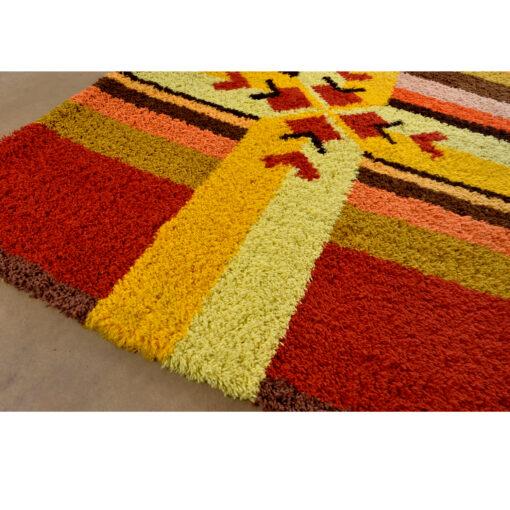 Red orange yellow and brown Scandinavian rya rug area rug wall hanging vintage 1970s.